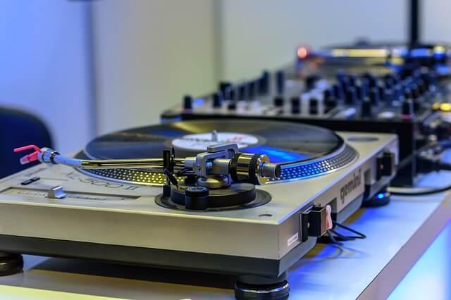 DJデビュー